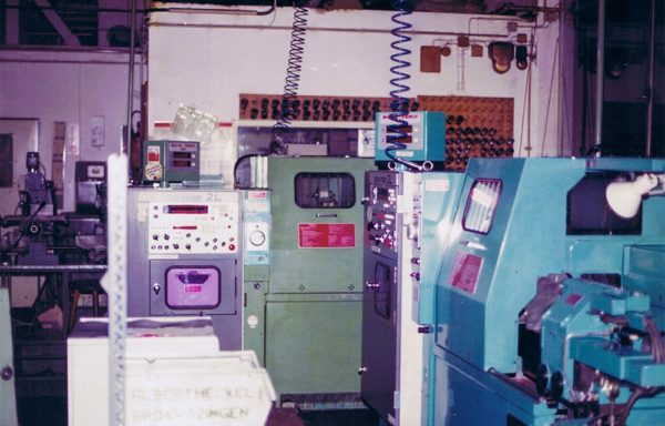 Herstellung von Präzisionsteilen in den 70ger Jahren